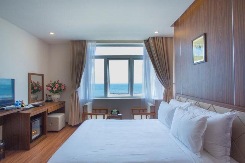 De Lamour Hotel (1).jpg