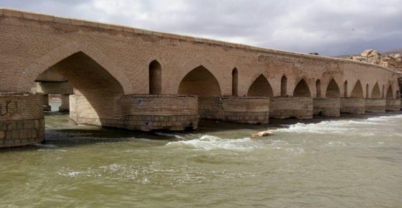 Salavat Abad Bridge (3).jpg