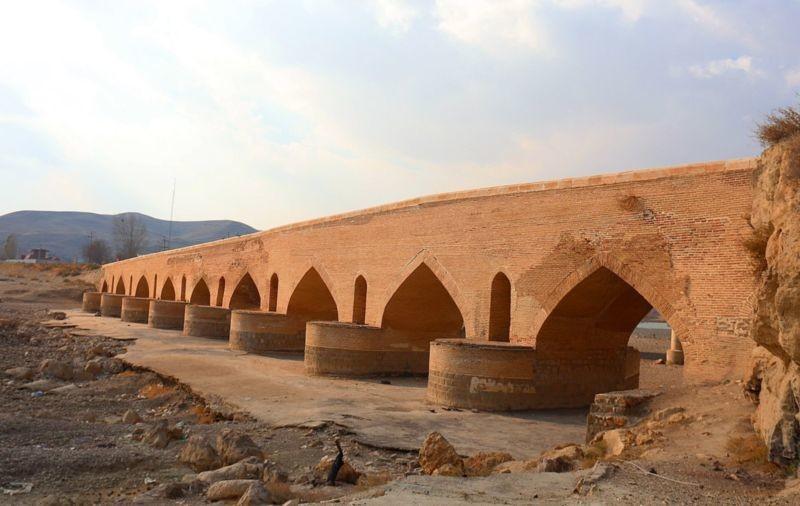 Salavat Abad Bridge (1).jpg
