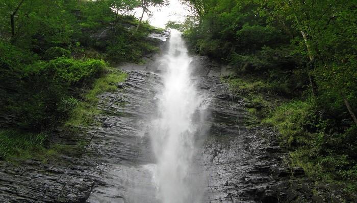 آبشار لوشکی