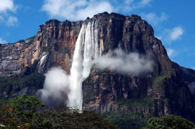 آبشارهای انجل، بلندترین آبشار پیوسته و یکپارچه دنیا