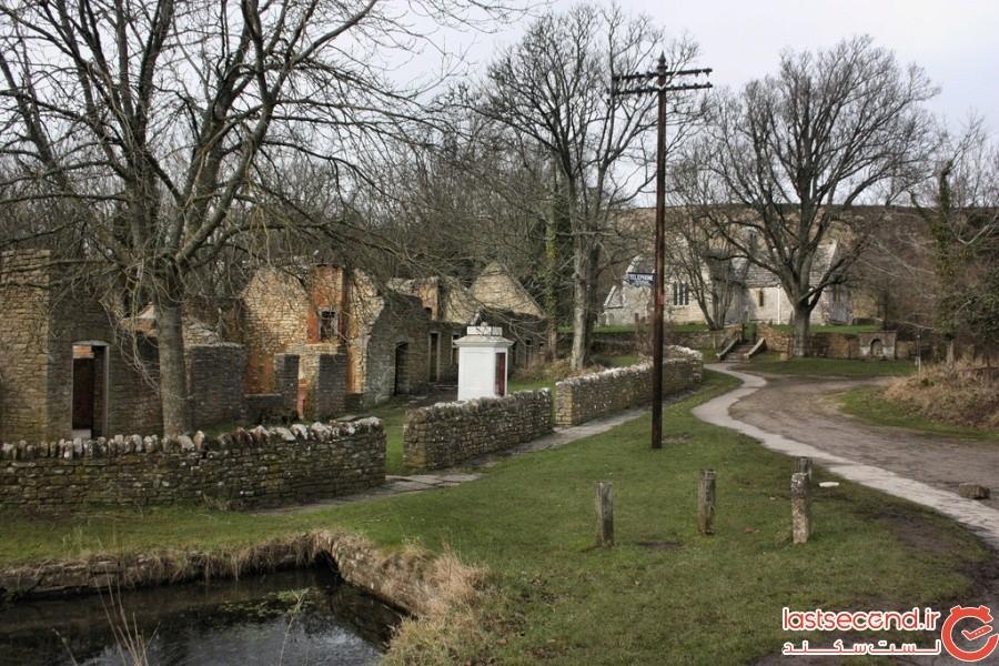 روستای تینِهام، انگلستان