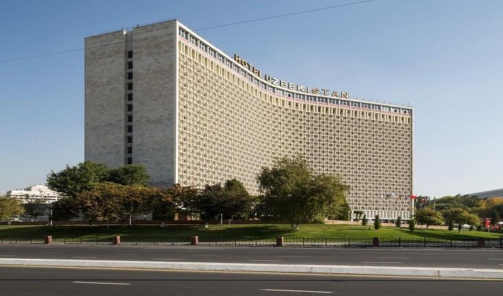 معماری عجیب و زیبای شوروی با تمام شکوه بی رحمانه ی آن