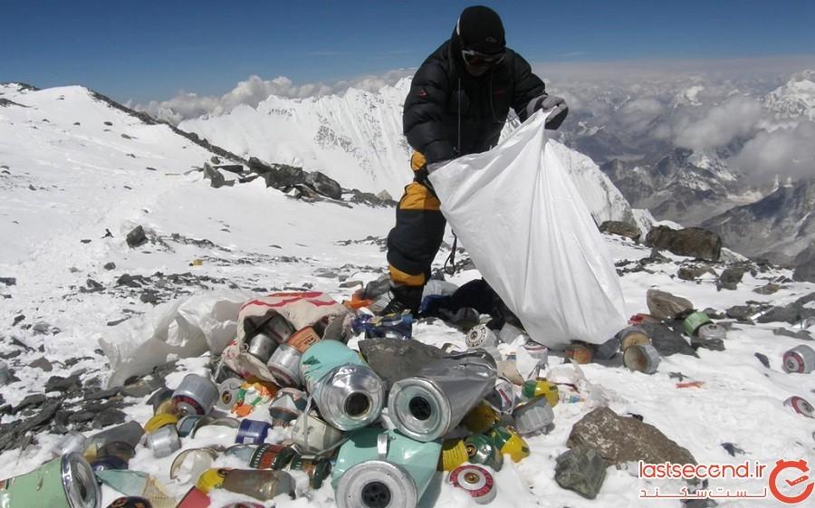 کمپین پاکسازی کوه اورست تاکنون 3 تن زباله و 4 نفر را کشف کردهاند