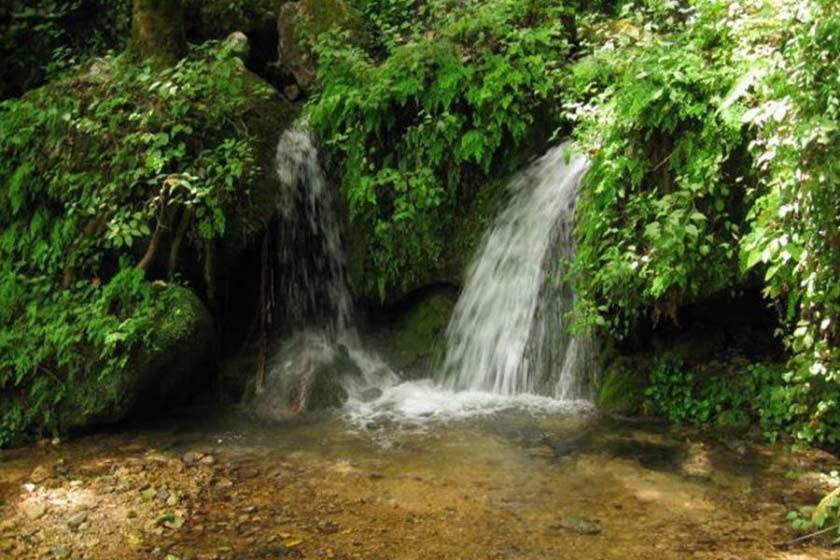 Chelandar Waterfall (1).jpg