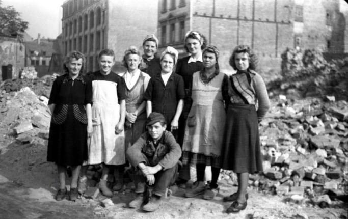 زنانی که به بازسازی آلمان بعد از جنگ جهانی دوم کمک کردند