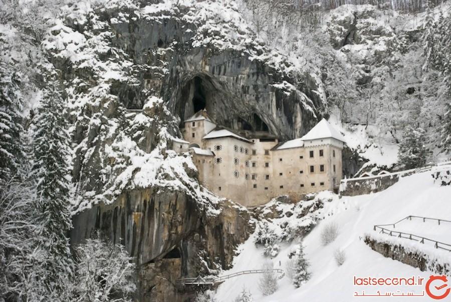 تاریخ کنجکاوی برانگیز یک قلعه عجیب و غریب، که در دیواره یک غار ساخته شده است