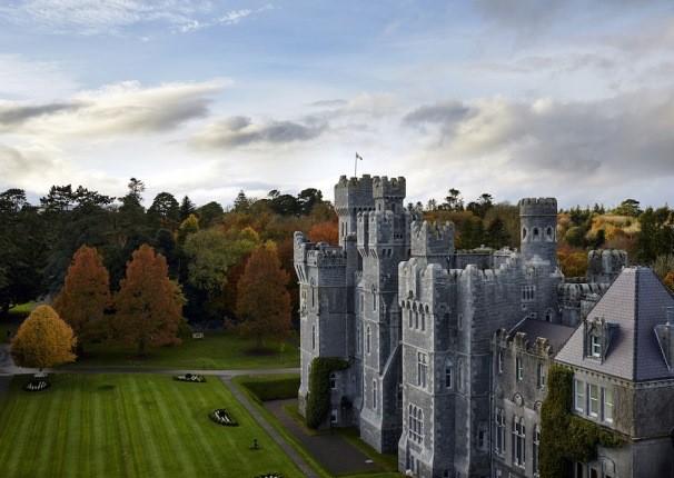 قلعه 800 ساله ایرلندی که زمانی گینس، مالک آن بوده است