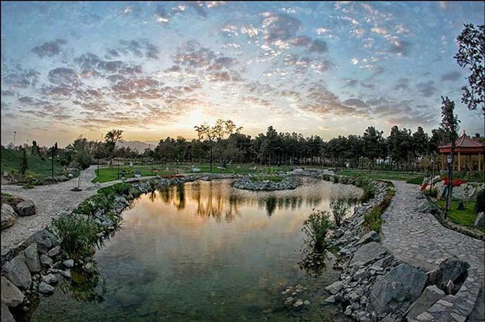 Mashhad Botanical Garden (2).jpg