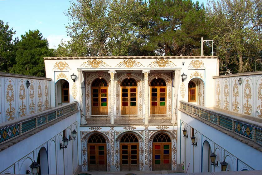 Motamedi House (2).jpg