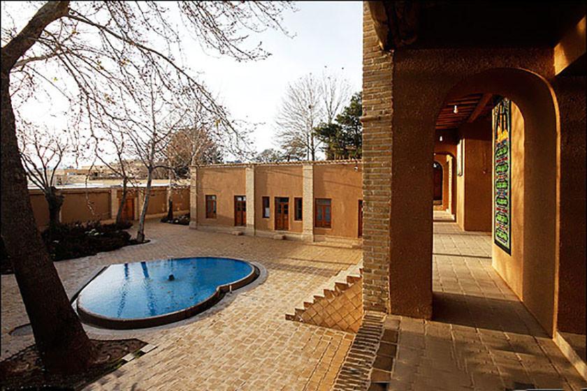 Imam Khomeinis Old House (4).jpg