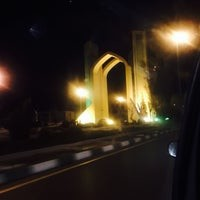Yazd Quran Gate (3).jpg