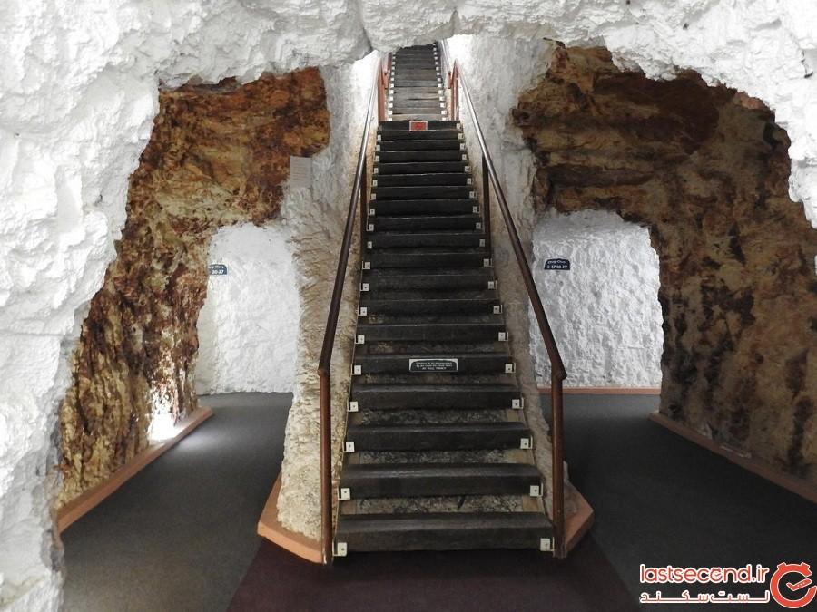 مسافرخانه زیرزمینی وایت کلیفز (White Cliffs) در استرالیا