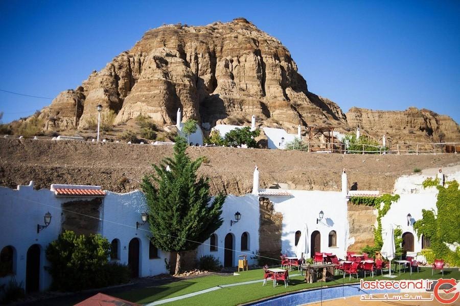 (Cuevas Pedro Antonio de Alarcon)، کشور اسپانیا