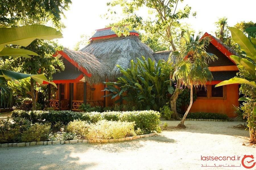 مجموعه هتل و آب گرم کِیوز (Caves- به معنی غارها)، شهر نگریل، کشور جامائیکا
