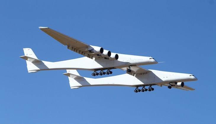 بزرگ ترین هواپیمای جهان و اولین پرواز موفقیت آمیزش!