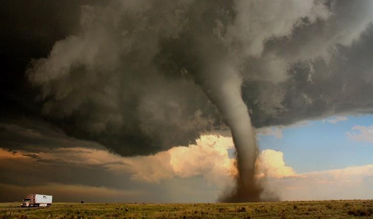 ویرانیهای 13 روز گردباد در آمریکا به روایت تصویر
