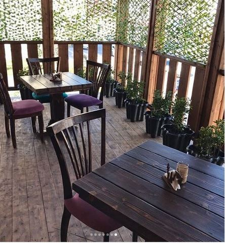 Gilbanoo Cafe (1).JPG