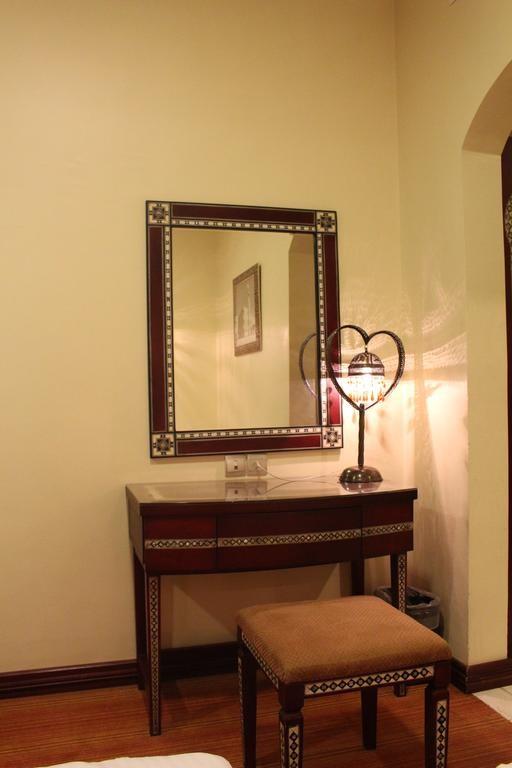 Dar Mubarak Hotel (8).jpg