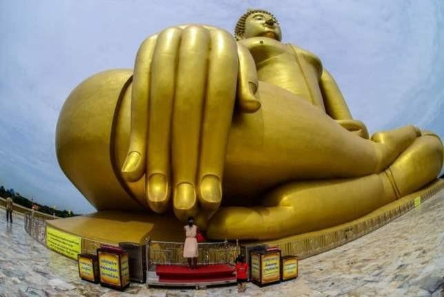 10 نمونه از بلندترین مجسمه های دنیا را بشناسید و ببینید