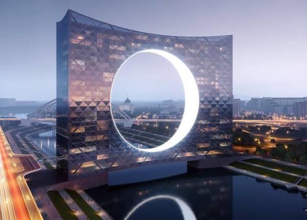 """ساختمان """"برج آفتاب""""، نماد دگرگونه ای از پرچم قزاقستان"""