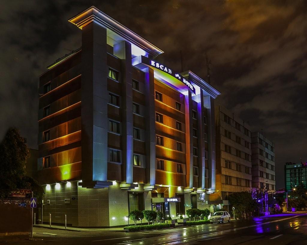 Eskan Forsat Hotel (1).jpg