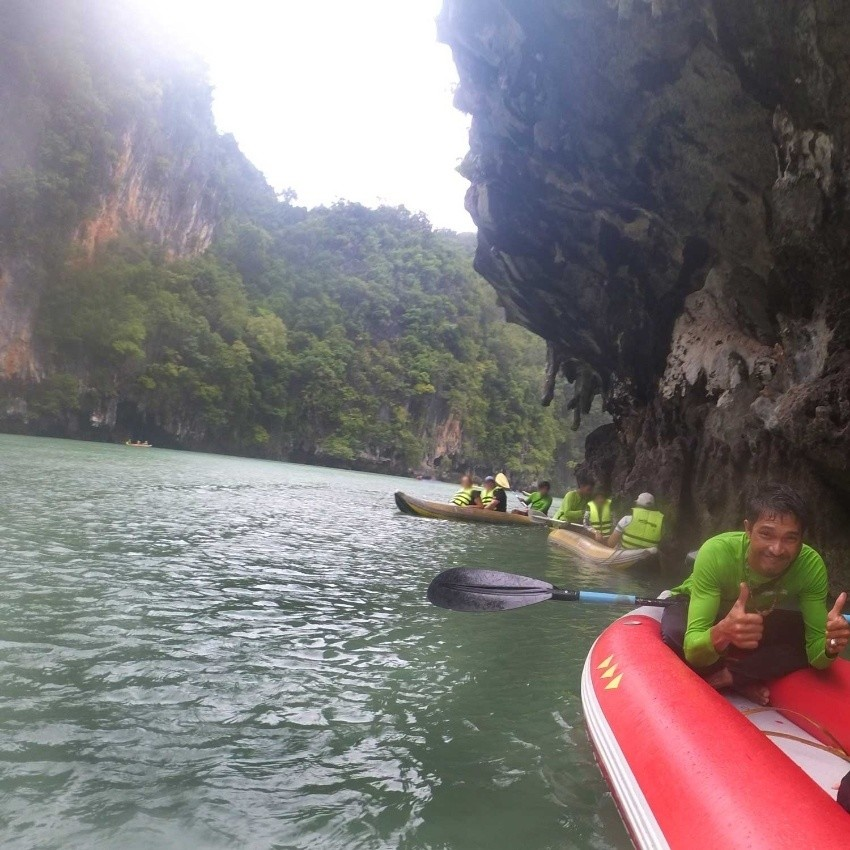 تور کایاک سواری در جزیره هونگ