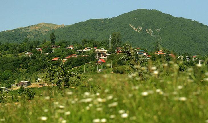 افراتخته، روستایی برای همه فصول در گلستان