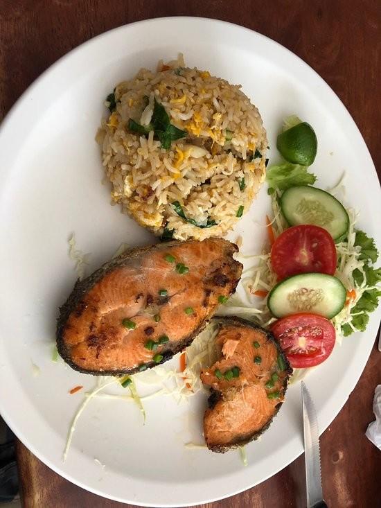 Tom Yam Restaurant (2).jpg