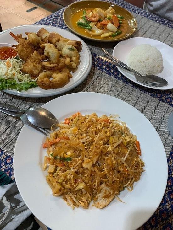 Tom Yam Restaurant (5).jpg