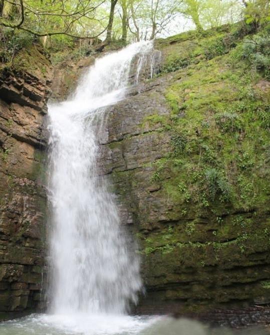 آبشار وزن بن
