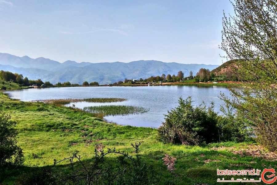 آبگیر وی یستان