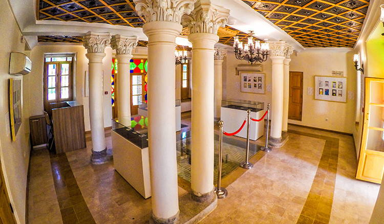 Arbab Hormoz Mansion (4).jpg