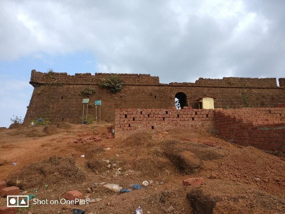 Chapora Fort (3).jpg