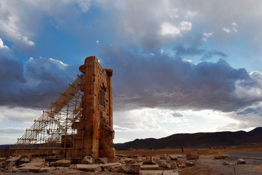 Pasargad Stone Tower (1).jpg