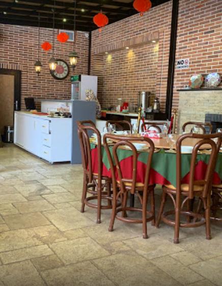 fardis restaurant (3).png