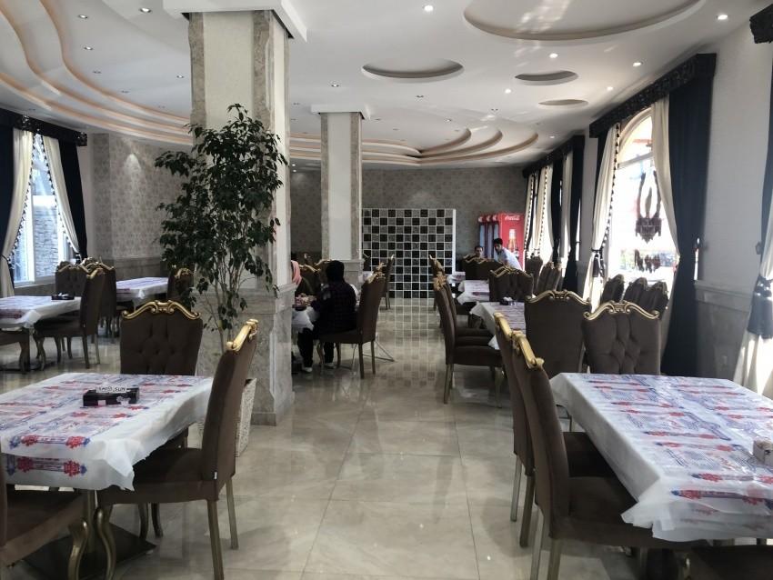 رستوران اکبر جوجه (شعبه چابکسر)