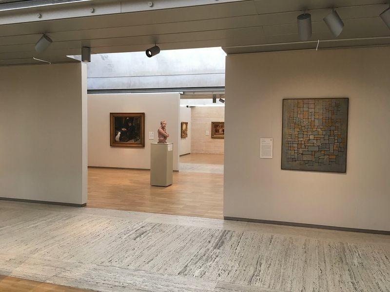 Kimbell Art Museum - 03.jpg