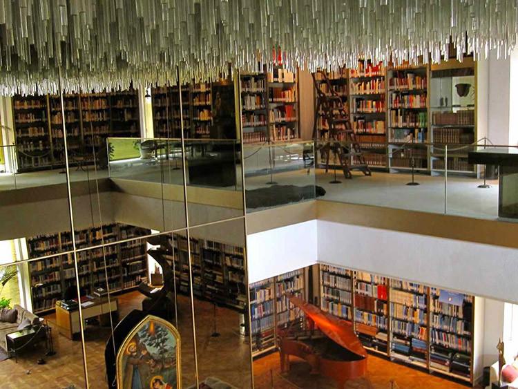 Niavaran Palace Proprietary Library (4).jpg
