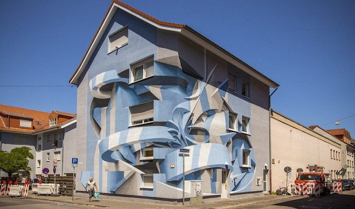 این دیوارهای توهم زا، ساخته و پرداخته یک هنرمند ایتالیایی هستند