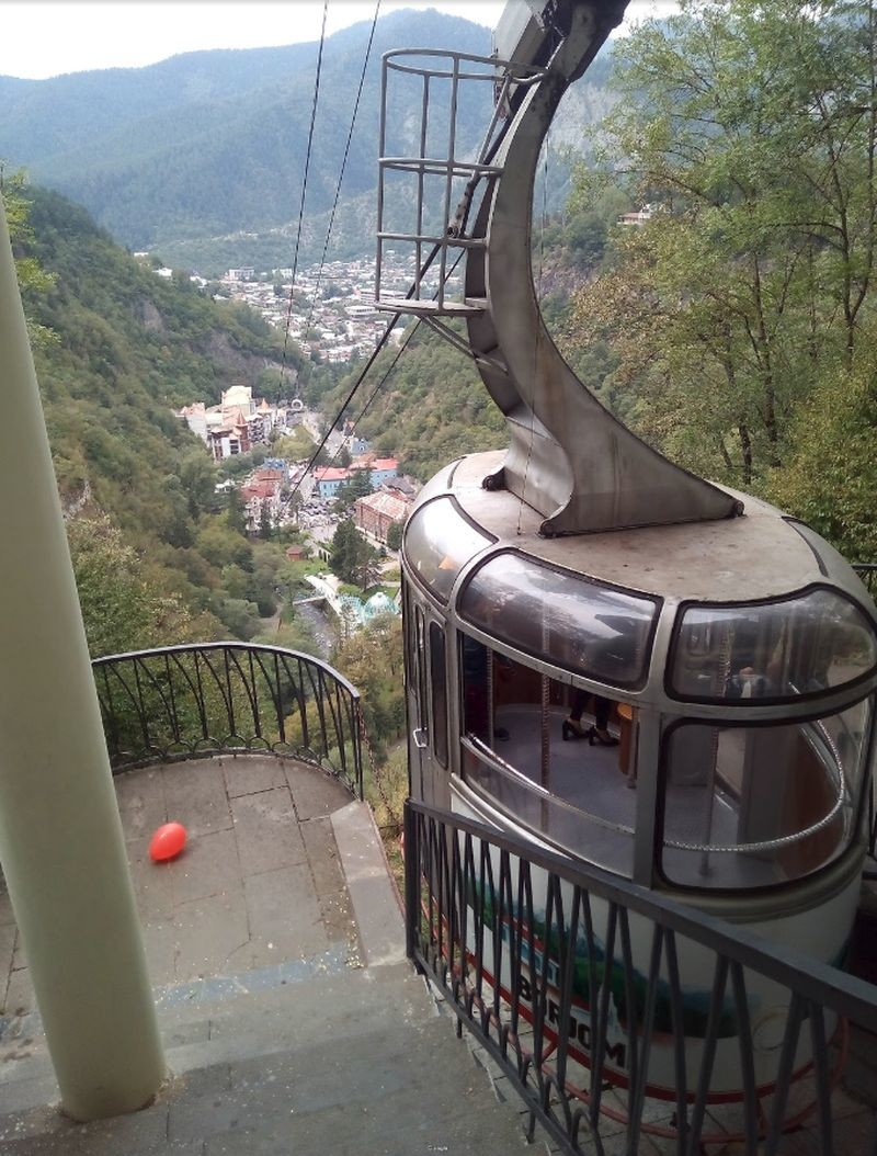 Borjomi Cable Car - 04.jpg