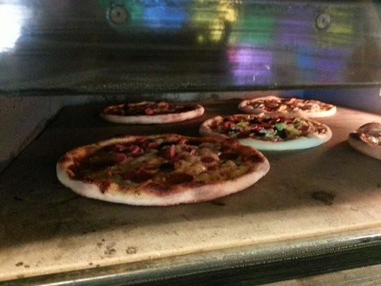 Dababa Pizzeria & Ristorante (2).jpg