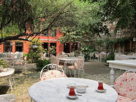Kitap Evi Hotel Restaurant (3).jpg