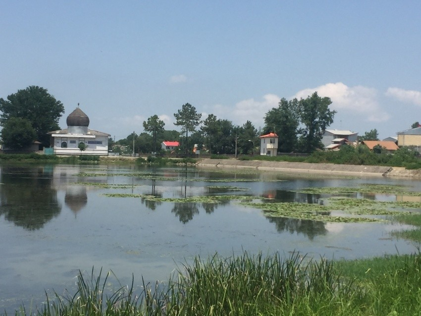 Seyed Varestan Pond