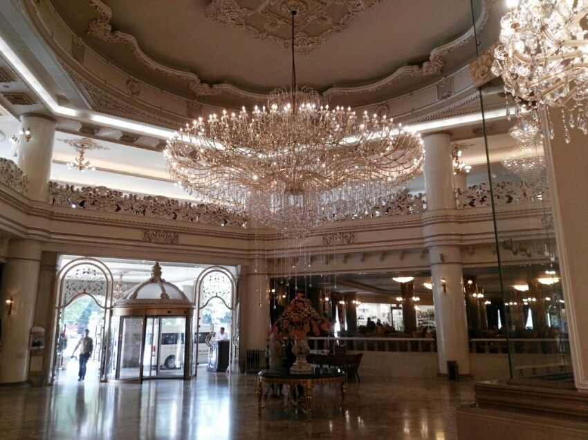 Ghasr Talaee Hotel Cafe (2).jpeg