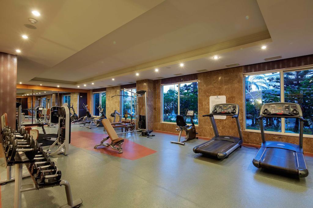 Crystal Admiral Resort Suites & Spa (7).jpg