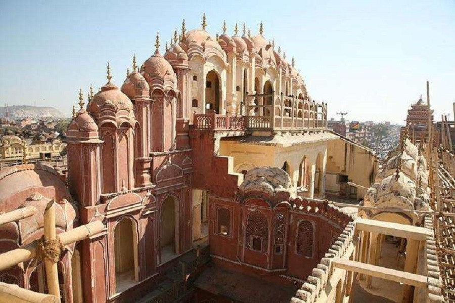 اسرارآمیزترین نقاط هند که هر گردشگر ماجراجویی را به خود جذب می کند