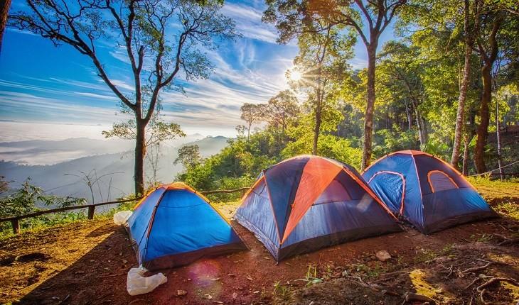 غیرعادی ترین روش ها برای کمپ زدن در طبیعت