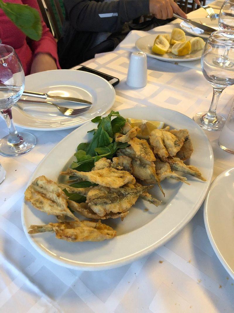 Lido Restaurant - 04.jpg