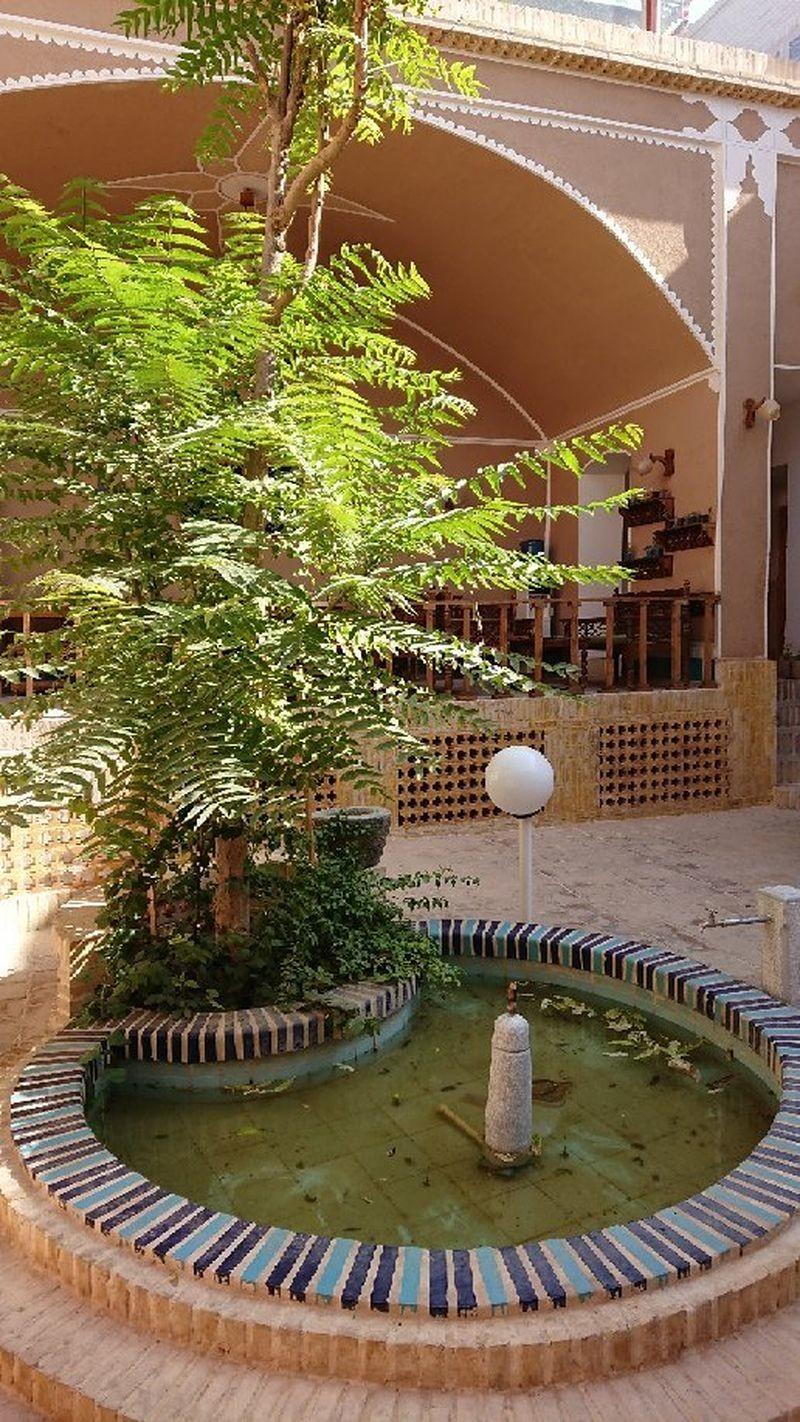 Toranj Residence - 05.jpg